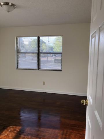 2211 Rogero Rd, Jacksonville, FL 32211 (MLS #986917) :: Florida Homes Realty & Mortgage