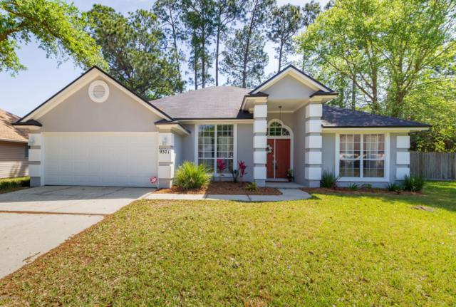 9371 Jaybird Cir E, Jacksonville, FL 32257 (MLS #988179) :: The Hanley Home Team