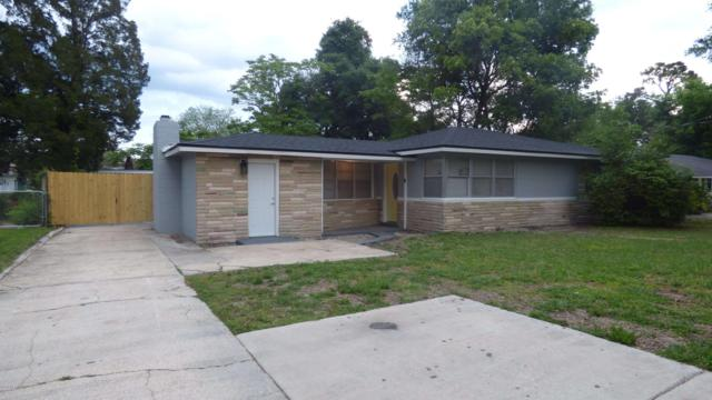 257 Sapelo Rd, Jacksonville, FL 32216 (MLS #988593) :: The Hanley Home Team
