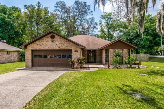 2420 Lorrie Dr, Orange Park, FL 32073 (MLS #989922) :: The Hanley Home Team
