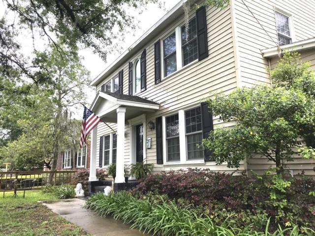 2564 Pineridge Rd, Jacksonville, FL 32207 (MLS #990033) :: The Hanley Home Team
