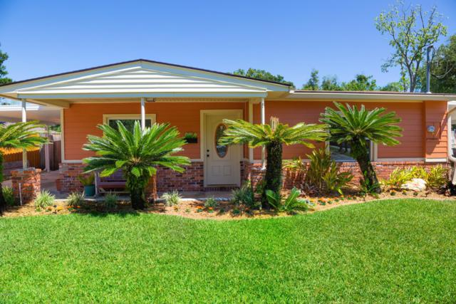 3661 Mimosa Dr, Jacksonville, FL 32207 (MLS #990457) :: The Edge Group at Keller Williams