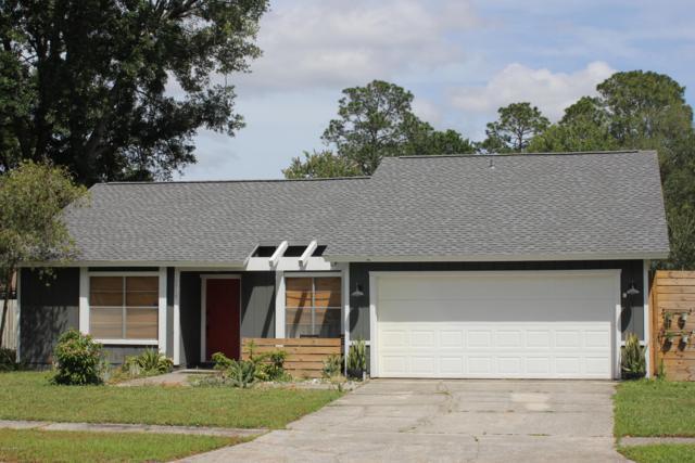 10919 Hoof Print Dr, Jacksonville, FL 32257 (MLS #990683) :: Memory Hopkins Real Estate