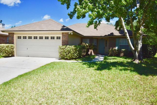 8217 Leafcrest Dr, Jacksonville, FL 32244 (MLS #990994) :: The Hanley Home Team