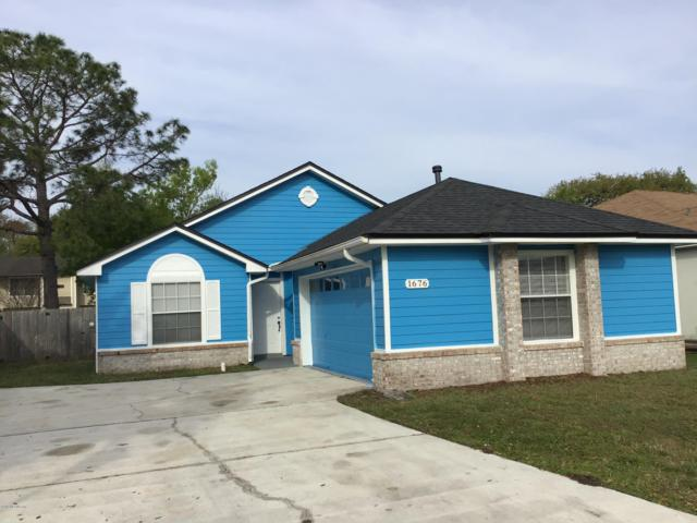1676 Hudderfield Cir W, Jacksonville, FL 32246 (MLS #990995) :: The Hanley Home Team