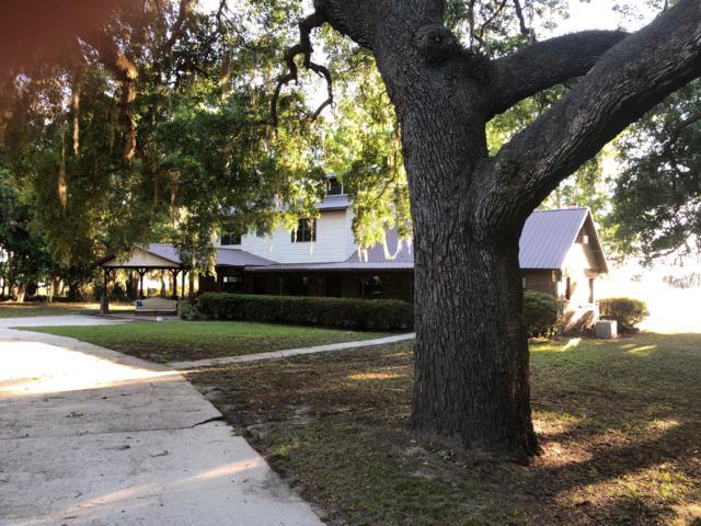 221 Long Lake Rd, Hawthorne, FL 32640 (MLS #991288) :: 97Park