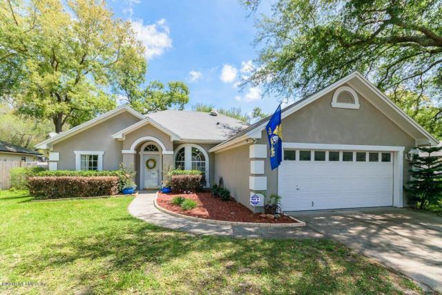 12153 Trimlawn Ln, Jacksonville, FL 32225 (MLS #992486) :: The Hanley Home Team