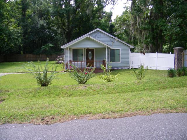 3126 Capper Rd, Jacksonville, FL 32218 (MLS #993371) :: Berkshire Hathaway HomeServices Chaplin Williams Realty