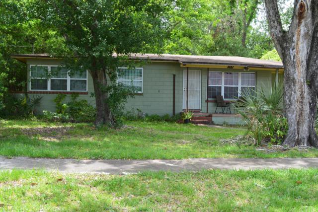 3117 Seine Dr, Jacksonville, FL 32208 (MLS #993758) :: Ancient City Real Estate
