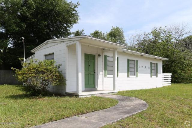 1755 Rogero Rd, Jacksonville, FL 32211 (MLS #993934) :: The Hanley Home Team