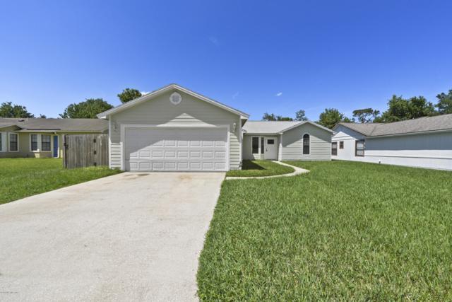 8451 Capricorn St, Jacksonville, FL 32216 (MLS #994451) :: The Hanley Home Team