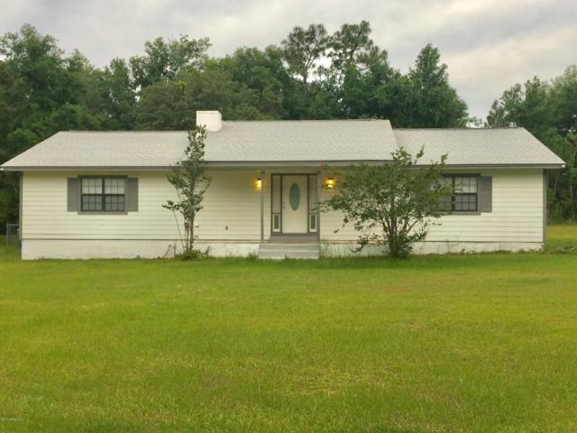 131 Lakewood Dr, Interlachen, FL 32148 (MLS #995260) :: The Hanley Home Team