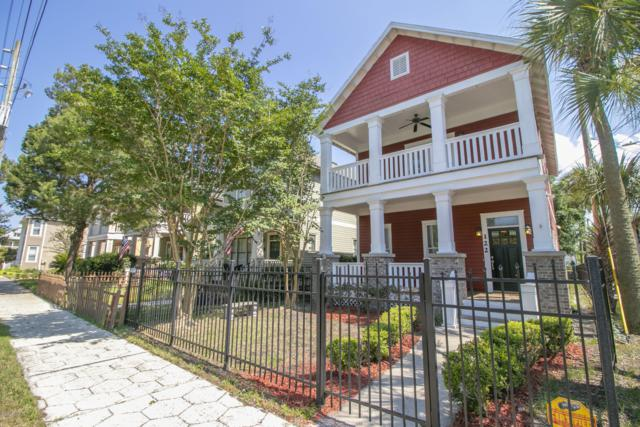 122 E 9TH St, Jacksonville, FL 32206 (MLS #995355) :: The Hanley Home Team