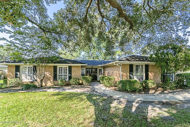 5074 Charlemagne Rd, Jacksonville, FL 32210 (MLS #995534) :: The Hanley Home Team