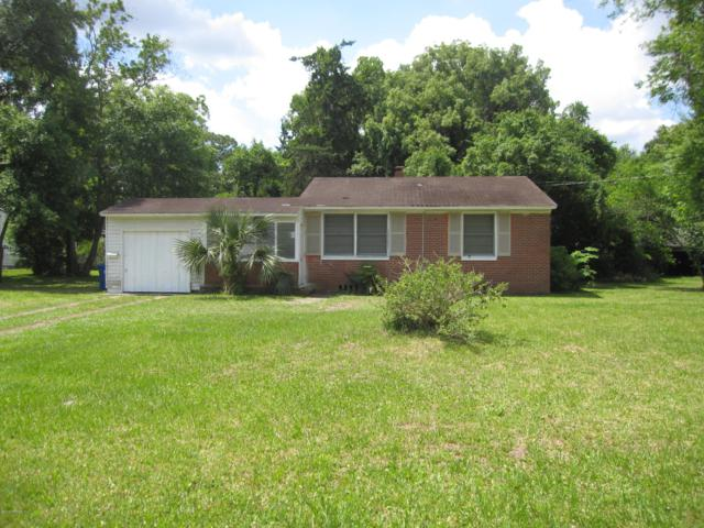8258 Lexington Dr, Jacksonville, FL 32208 (MLS #995672) :: Memory Hopkins Real Estate