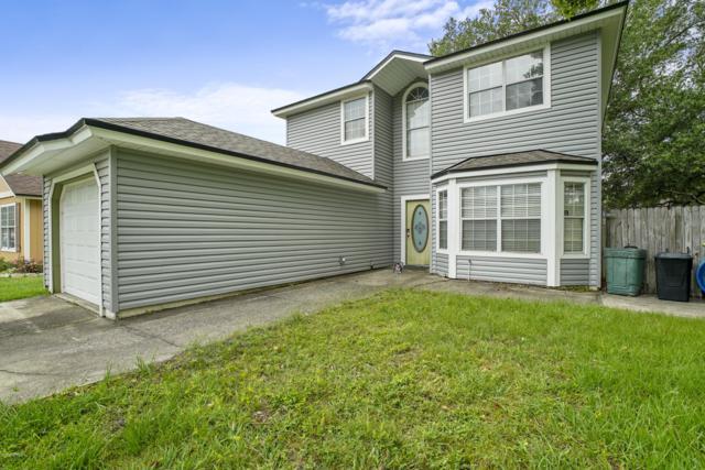 6812 Long Meadow Cir S, Jacksonville, FL 32244 (MLS #995899) :: The Hanley Home Team