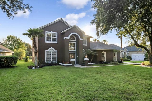 7660 Chipwood Ln, Jacksonville, FL 32256 (MLS #996532) :: The Hanley Home Team