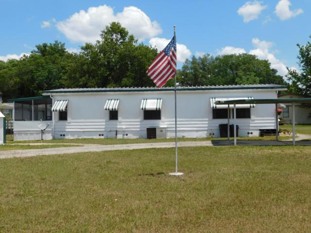 206 Scott St, Interlachen, FL 32148 (MLS #996710) :: Florida Homes Realty & Mortgage