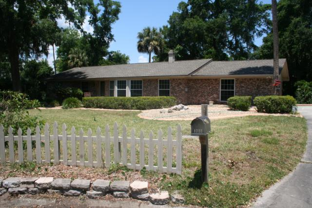 1722 Lighty Ln, Neptune Beach, FL 32266 (MLS #997065) :: EXIT Real Estate Gallery