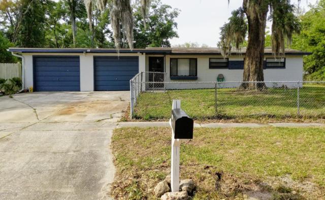 133 Hollis Dr S, Orange Park, FL 32073 (MLS #998124) :: The Hanley Home Team