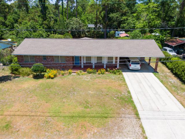 1215 Shawnee Dr, WAYCROSS, GA 31501 (MLS #998498) :: Noah Bailey Real Estate Group