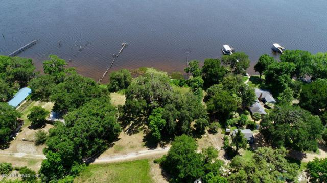 101 Riverside Dr, Palatka, FL 32177 (MLS #999201) :: Berkshire Hathaway HomeServices Chaplin Williams Realty