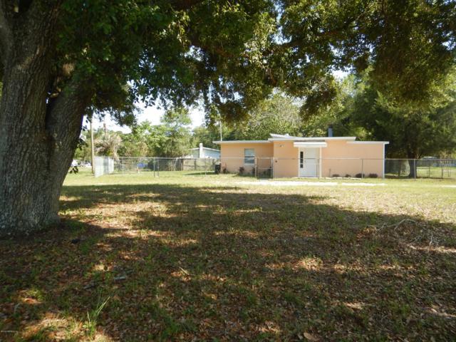 3911 Ruby Dr W, Jacksonville, FL 32246 (MLS #1000264) :: The Hanley Home Team