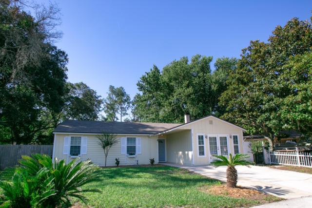 2570 Stern Dr, Jacksonville, FL 32233 (MLS #1001465) :: The Hanley Home Team