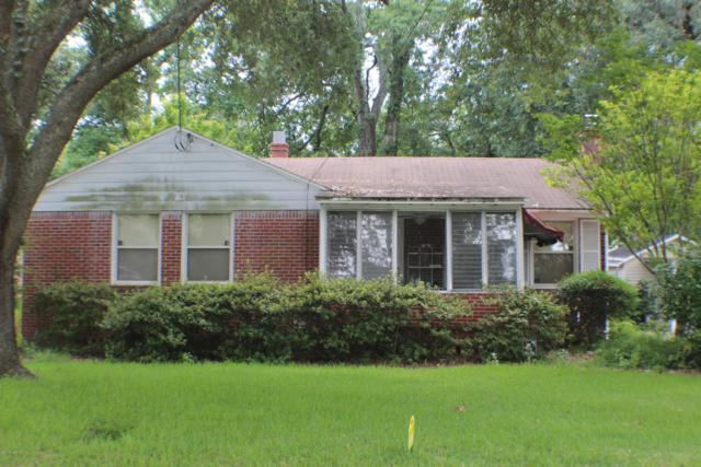 1254 Lechlade St, Jacksonville, FL 32205 (MLS #1003975) :: The Hanley Home Team