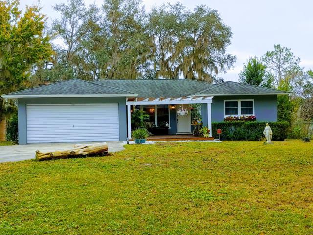 822 Lake Shore Ter, Interlachen, FL 32148 (MLS #1004196) :: Berkshire Hathaway HomeServices Chaplin Williams Realty