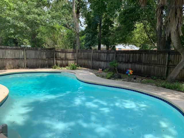 5945 Camaro Dr W, Jacksonville, FL 32244 (MLS #1007090) :: Ancient City Real Estate