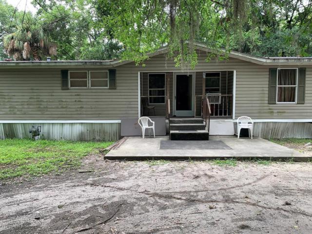 202 E Lake St, Palatka, FL 32177 (MLS #1007175) :: The Hanley Home Team