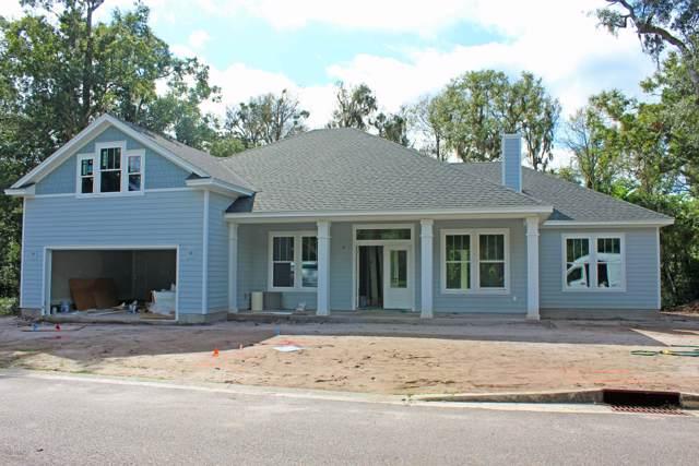 29258 Grandview Manor, Yulee, FL 32097 (MLS #1009769) :: EXIT Real Estate Gallery