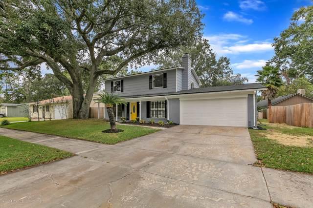 3837 Mandarin Woods Dr, Jacksonville, FL 32223 (MLS #1021761) :: EXIT Real Estate Gallery