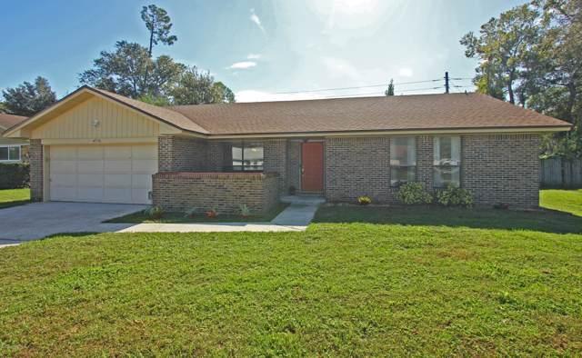 4236 Tanglewilde Dr S, Jacksonville, FL 32257 (MLS #1025020) :: The Hanley Home Team
