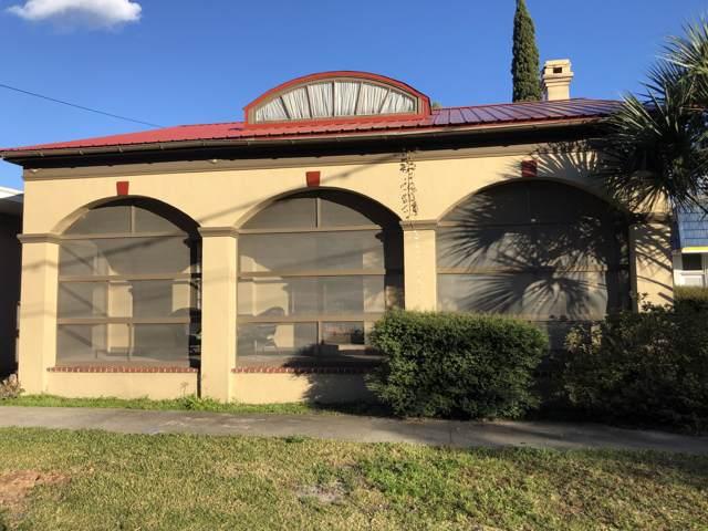 209 N 4TH St, Palatka, FL 32177 (MLS #1031769) :: EXIT Real Estate Gallery