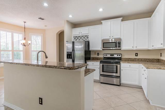 149 Afton Ln, St Johns, FL 32259 (MLS #1035533) :: The Perfect Place Team
