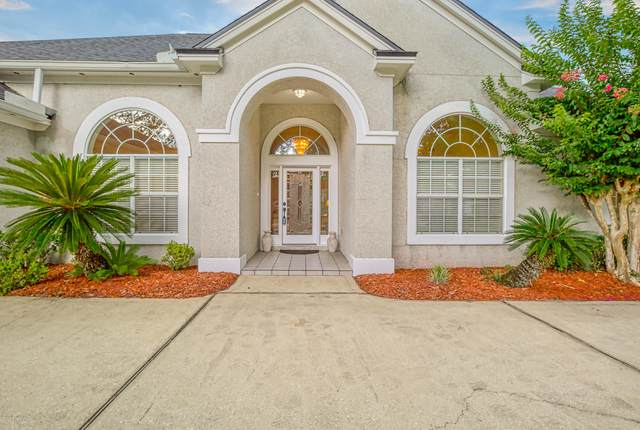 8205 Bay Tree Ln, Jacksonville, FL 32256 (MLS #1038293) :: The Hanley Home Team
