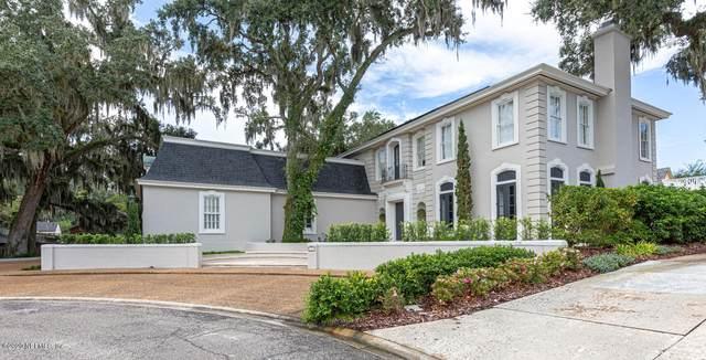 3134 Wellesley Square, Jacksonville, FL 32207 (MLS #1038847) :: Berkshire Hathaway HomeServices Chaplin Williams Realty