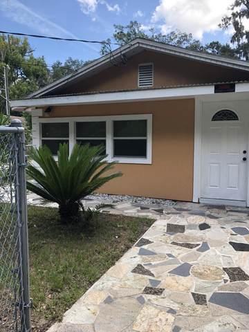 5122 Delphin Ln, Jacksonville, FL 32244 (MLS #1039195) :: The Hanley Home Team