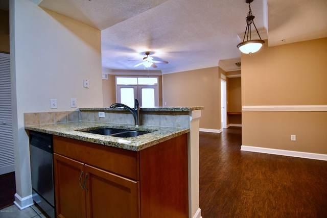 10435 Midtown Pkwy #217, Jacksonville, FL 32246 (MLS #1039380) :: Summit Realty Partners, LLC