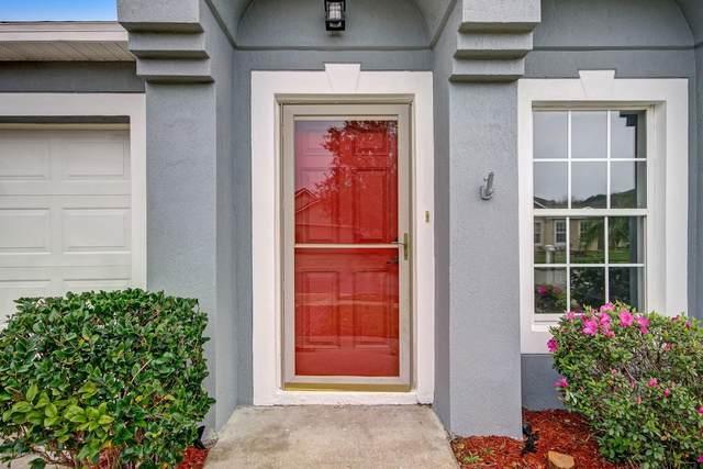9264 Thunderbolt Dr, Jacksonville, FL 32221 (MLS #1040671) :: The Hanley Home Team