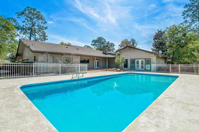 8018 Hunters Grove Rd, Jacksonville, FL 32256 (MLS #1042125) :: EXIT Real Estate Gallery