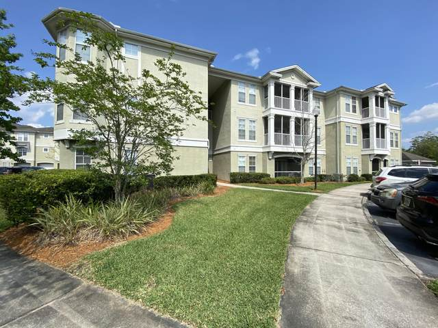 8290 Gate Pkwy #1112, Jacksonville, FL 32216 (MLS #1043064) :: The Hanley Home Team