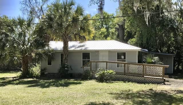 405 Citron Ave, Crescent City, FL 32112 (MLS #1043252) :: The Hanley Home Team