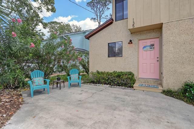 135 Pine St, Atlantic Beach, FL 32233 (MLS #1046075) :: The Hanley Home Team