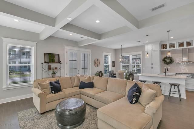 79 Fremont Ave, St Augustine, FL 32095 (MLS #1046583) :: The Hanley Home Team