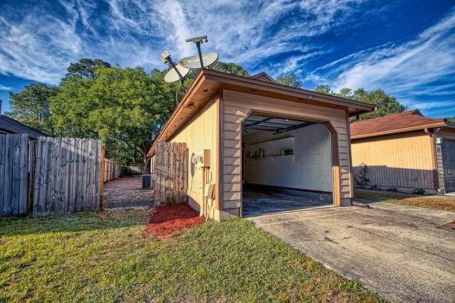 3833 Windridge Ct, Jacksonville, FL 32257 (MLS #1046683) :: CrossView Realty