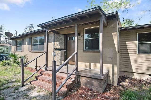 8046 Denham Rd E, Jacksonville, FL 32208 (MLS #1047291) :: Bridge City Real Estate Co.