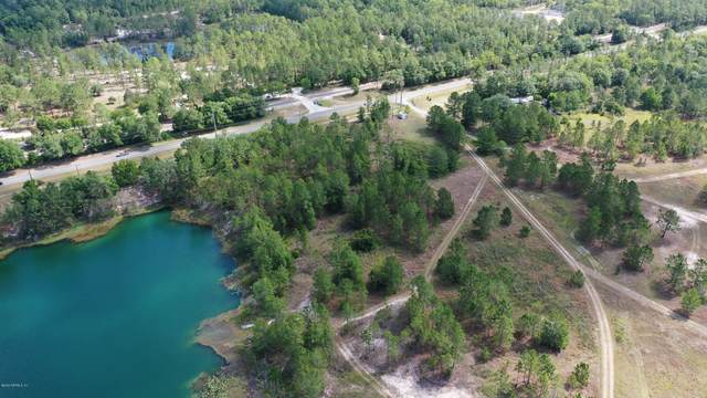 960 County Road 20A, Hawthorne, FL 32640 (MLS #1050940) :: Berkshire Hathaway HomeServices Chaplin Williams Realty